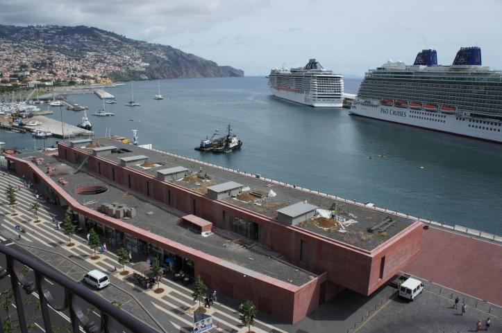 navios cruzeiro porto