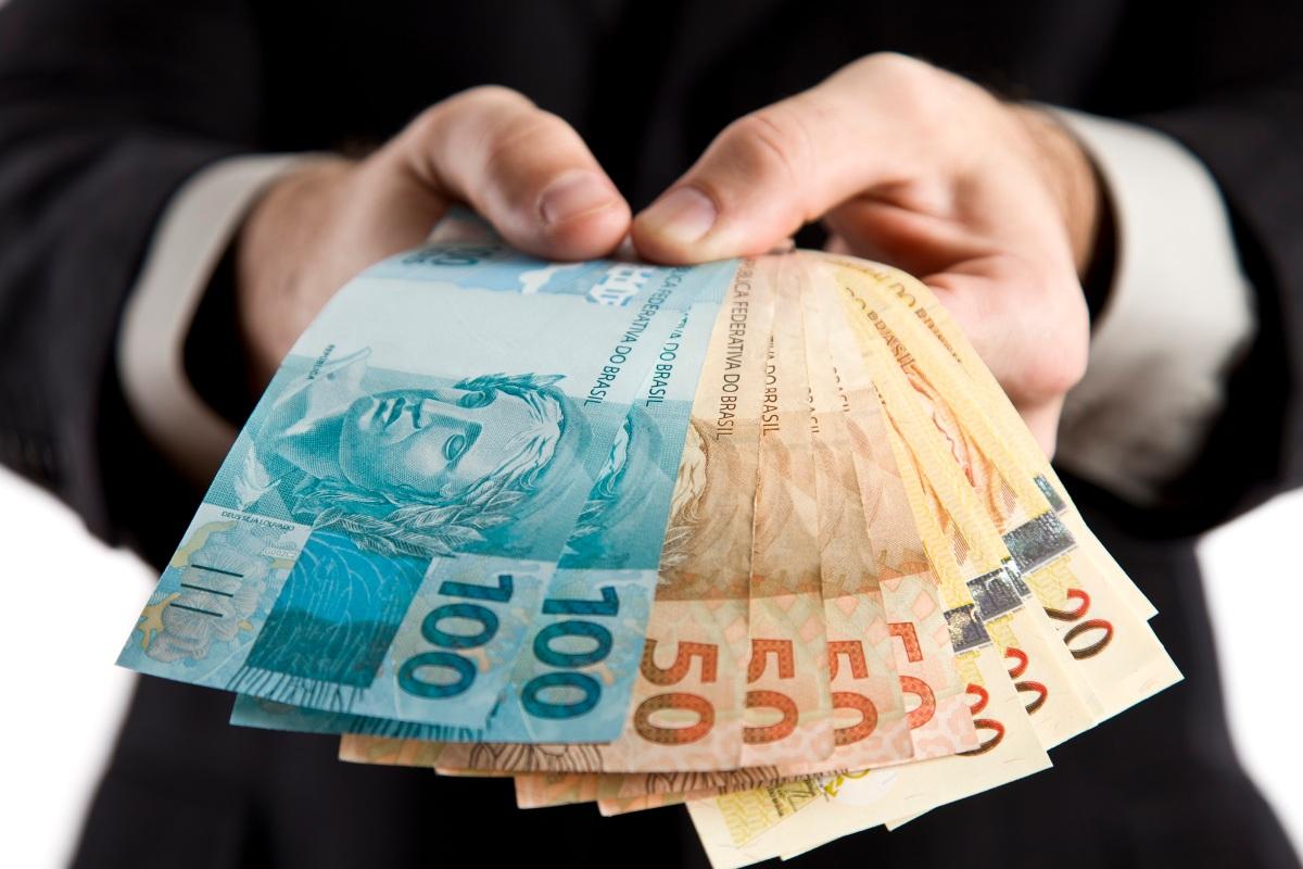 Governo Regional pede à banca 90 milhões para satisfazer necessidades de tesouraria em 2018