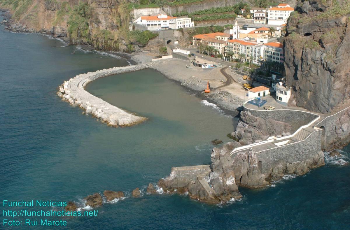 Governo Regional interdita acesso ao cais da Ponta do Sol