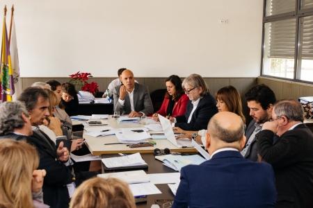 A reunião da Câmara do Funchal realizou-se na junta de freguesia de São Pedro. Foto DR