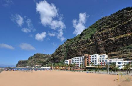 savoy-calheta-beach