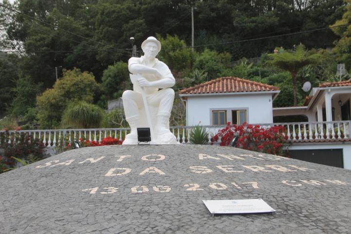 Estatua santo 3
