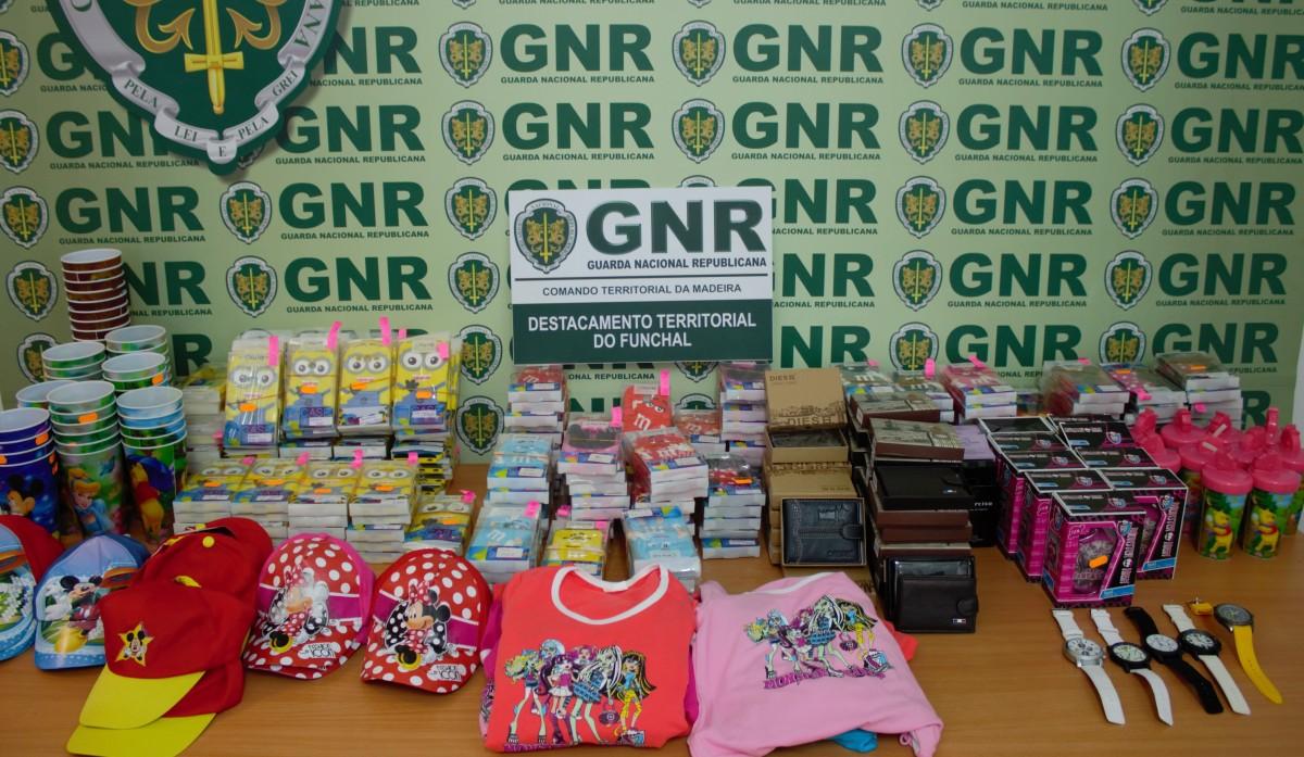 GNR apreende material contrafeito no valor de 8.500 euros