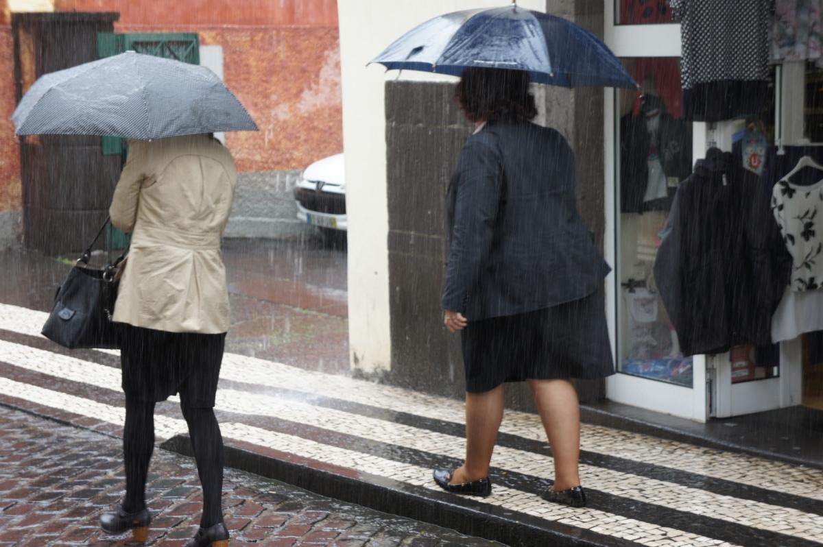 São Vicente registou fortes chuvas de madrugada, tempo na Região mantém-se até segunda-feira