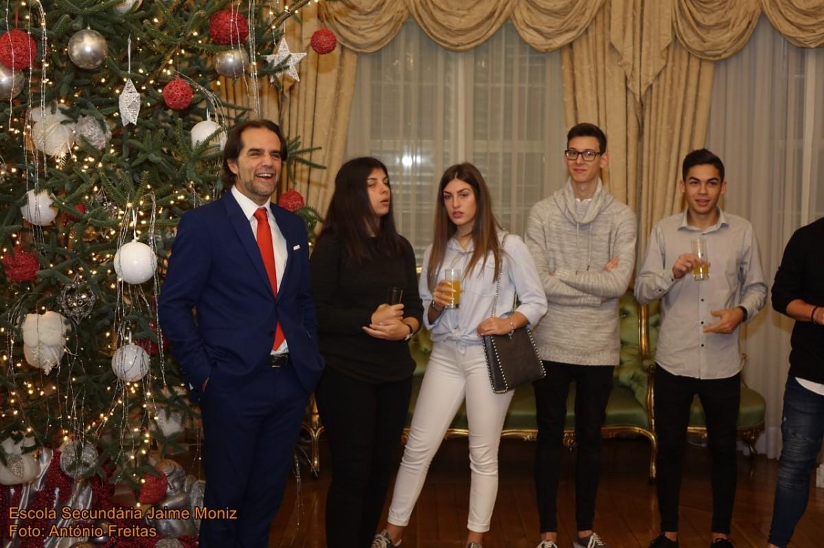 Estudantes da Jaime Moniz recebidos por Miguel Albuquerque na Quinta Vigia