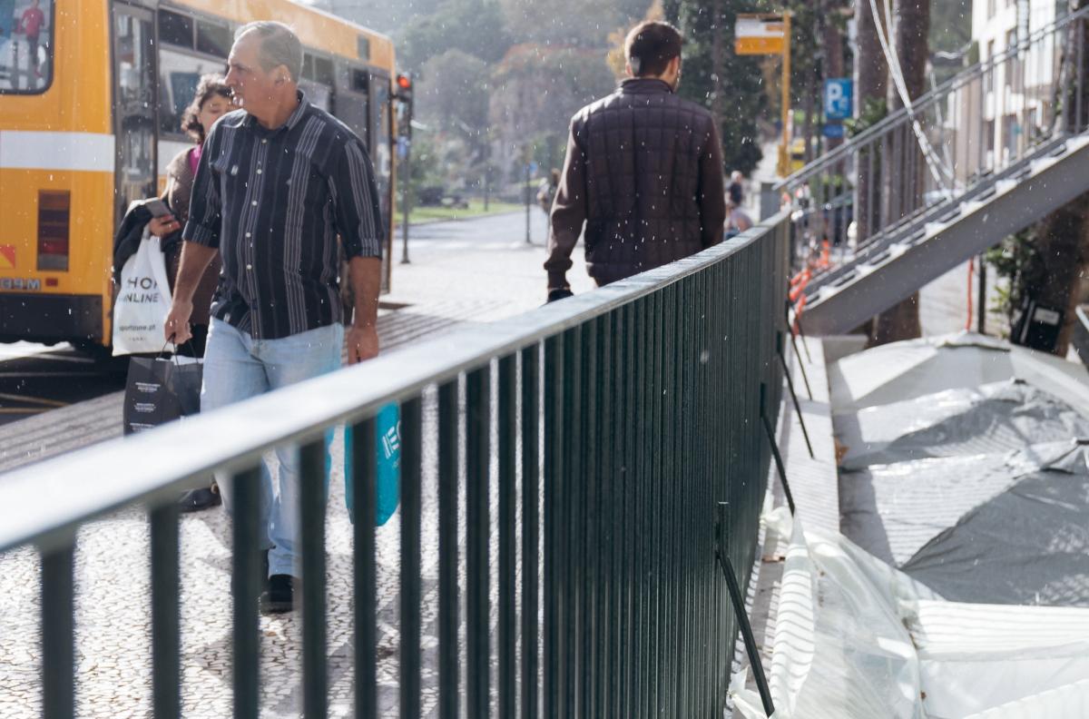 Intervenção da Câmara do Funchal dá nova imagem à Rua das Fontes