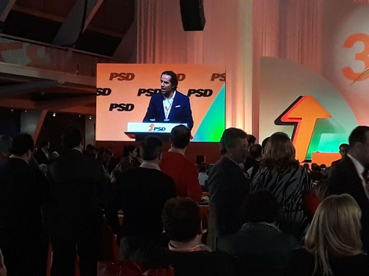 Veja as intervenções de Miguel Albuquerque e Alberto João Jardim no congresso do PSD (vídeos)