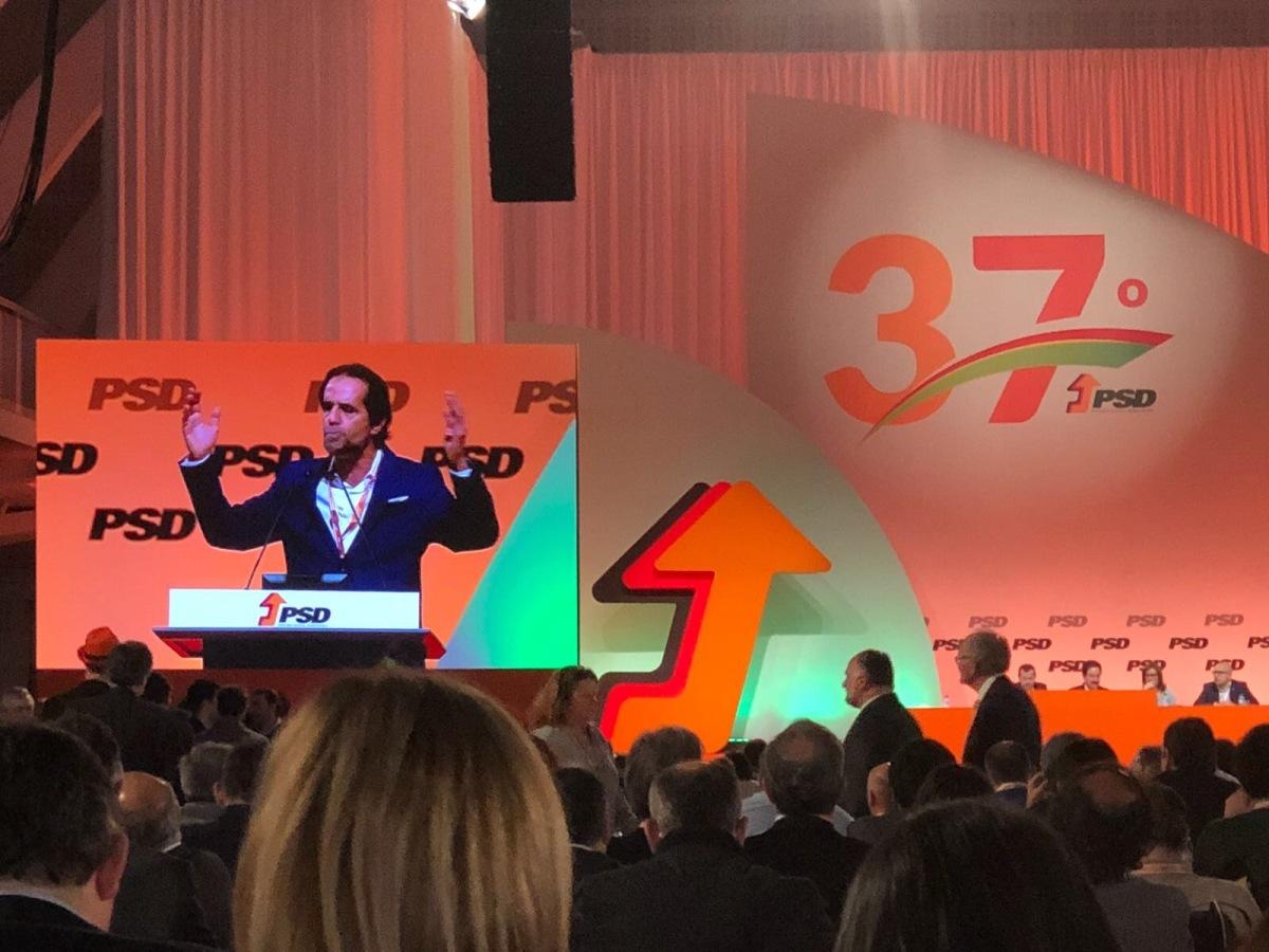 Miguel Albuquerque pede ao congresso nacional um PSD reformista