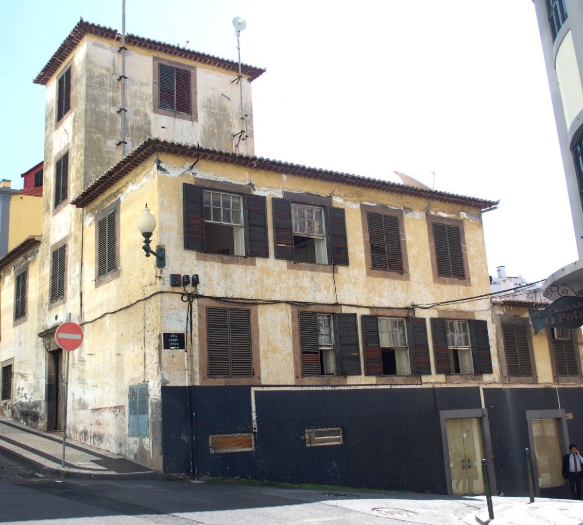 Posto Emissor do Funchal passa a ser dono do prédio onde está instalado após compra de 500 mil euros