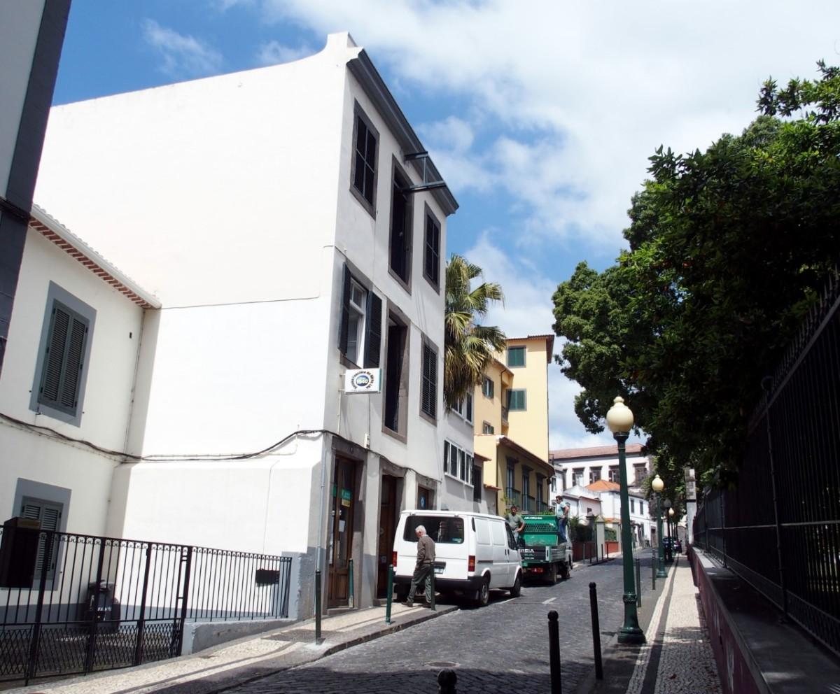 Fundo francês em negociações para comprar edifício na rua do Castanheiro