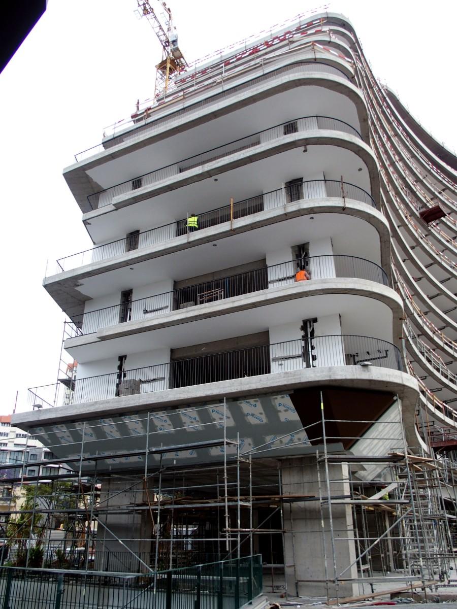 """Hotel Savoy conclui último piso e prepara arraial para assinalar o """"Pau de Fileira"""""""